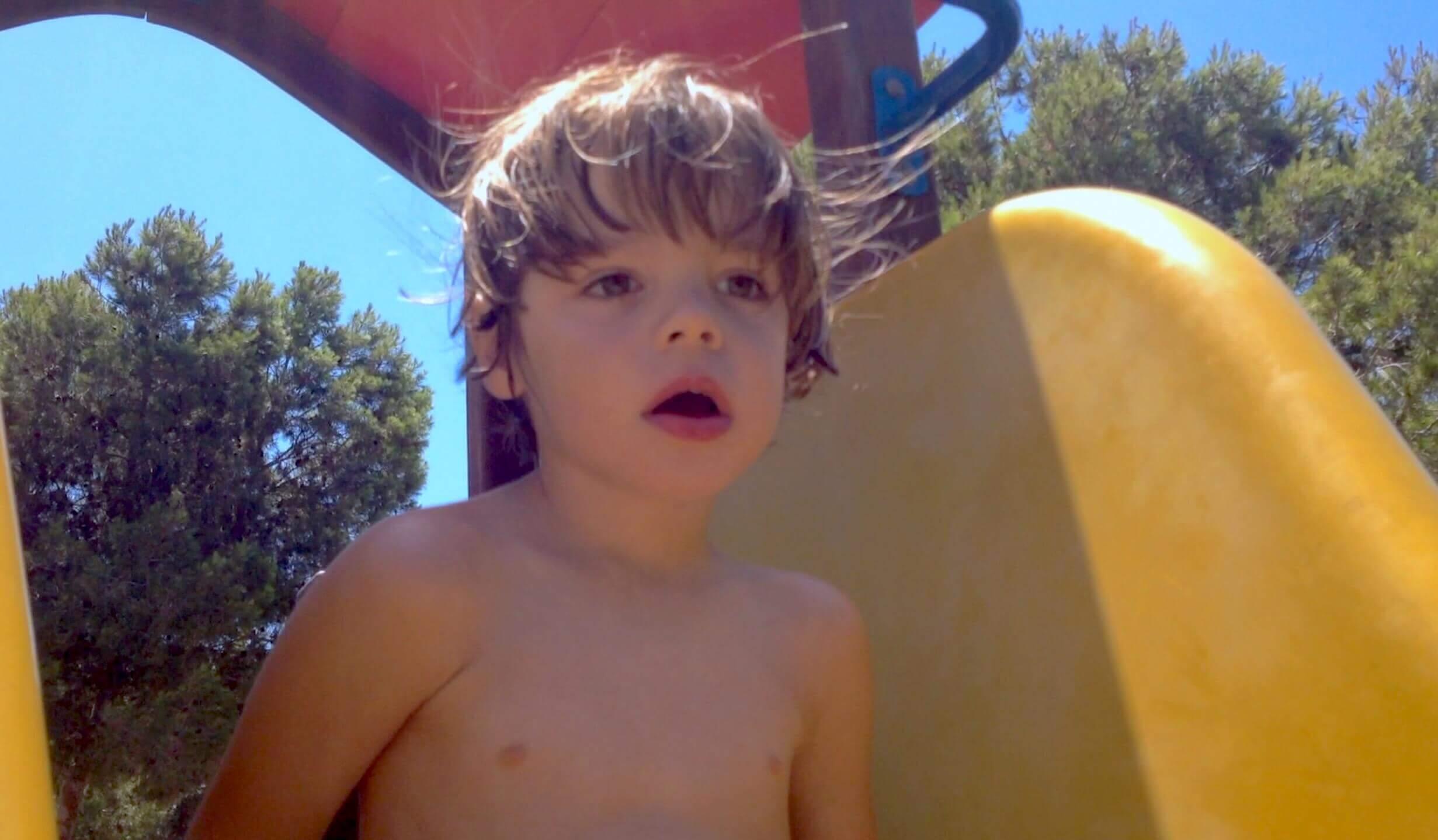 """Álvaro: """"A nuestro hijo le diagnosticaron epilepsia refleja a patrones geométricos"""""""